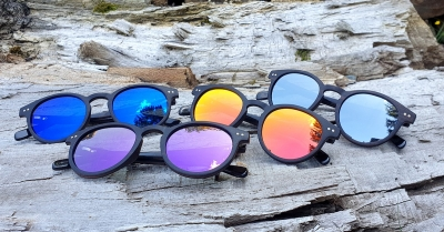 "MAYA Ebony Wood Sunglasses ""Blue"""