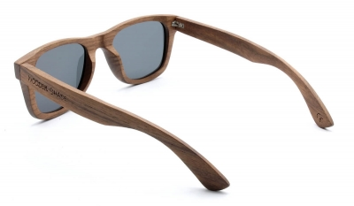 "LIKO Walnut Wood Sunglasses ""Green"""