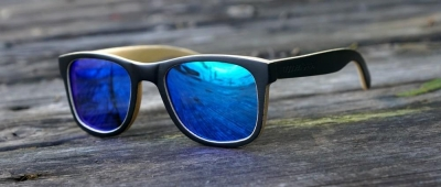 "LIKO Keanu Edition ""Blue"" - Bamboo Sunglasses"