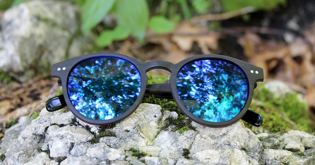 MAYA | Wood Sunglasses | Blue mirror lenses | WOODEN SHADE Sunglasses
