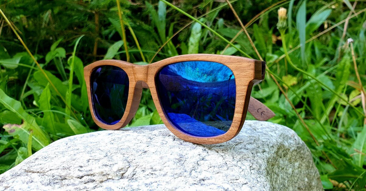 Walnut Wood Sunglasses | Blue mirror lenses | Men & Women | WOODEN SHADE